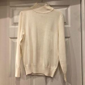 Dress barn Turtle Neck Sweater S